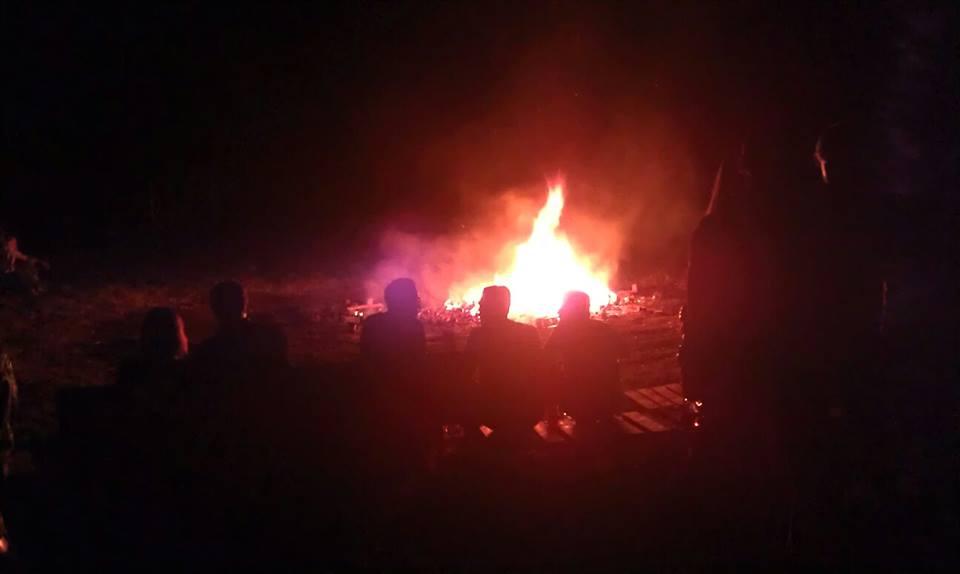 ... und ein gemütliches Lagerfeuer