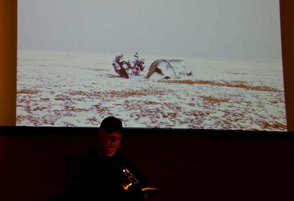 Krad-Vagabund Panny erzählt von Schnee auf über 4.000 Metern, komischen Tieren und was einem sonst noch so passieren kann auf einer Weltreise.