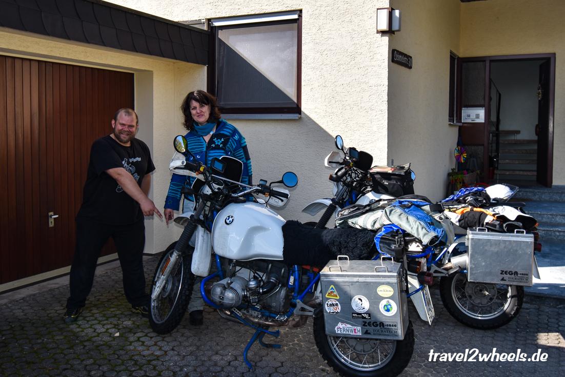 Laog Maggiore: Erstmal Reifenwechseln bei Ingmar
